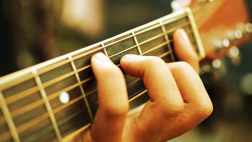 Cách học chơi đàn Guitar solo Gingerstyle ở đâu?