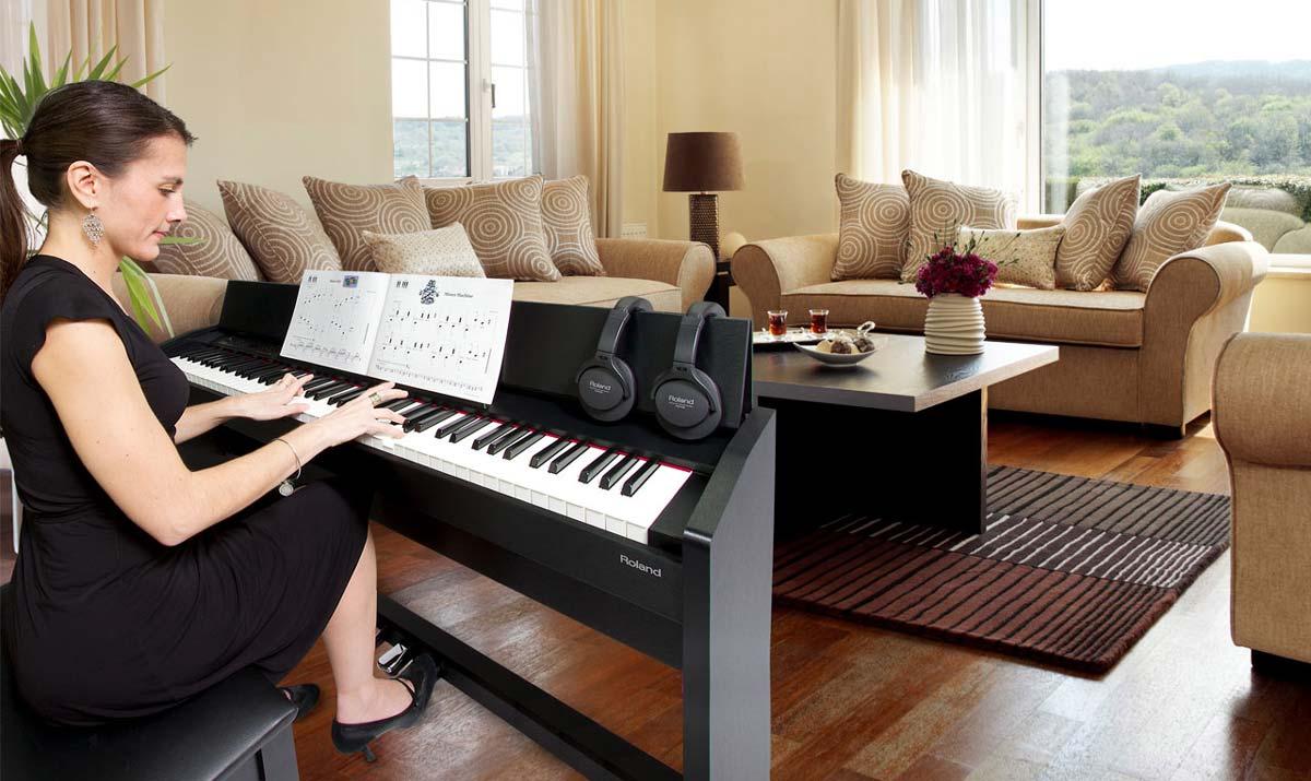 Khóa Học Đàn PIANO Cho Người Lớn TpHCM và Hà Nội
