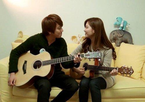 Địa chỉ lớp học đàn guitar giá rẻ tại Hà Nội