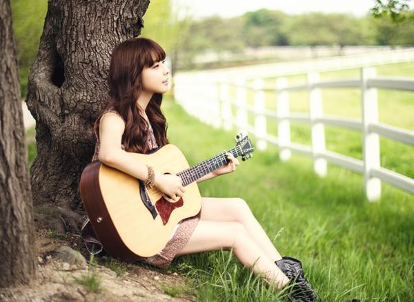 Theo bạn thì theo học đàn guitar có khó không?