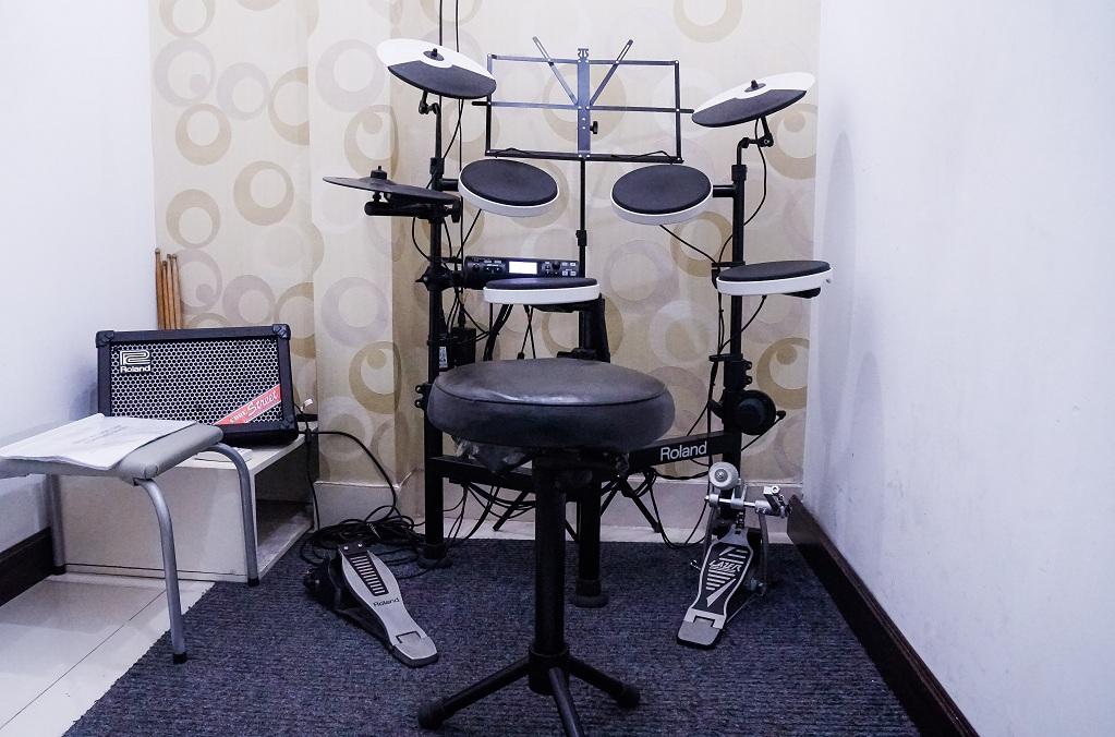 Học đánh trống jazz