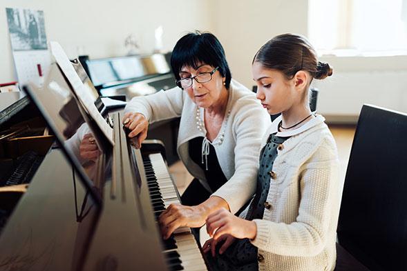 Học piano thời gian bao lâu - một câu hỏi nghe thì dễ nhưng chẳng đơn giản chút nào
