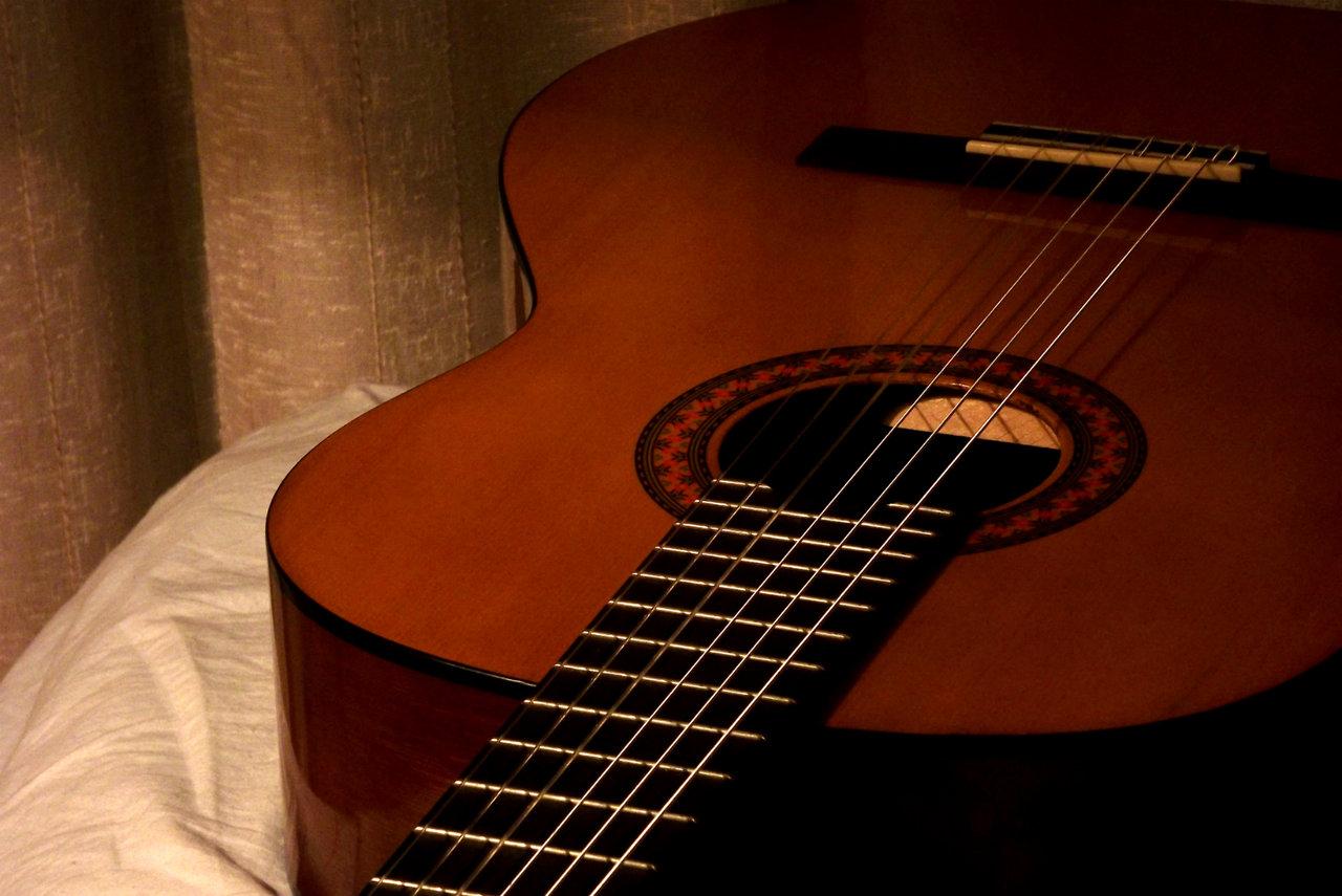 Hướng dẫn tự học Guitar Classic Cổ Điển
