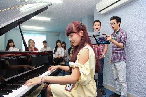 Khóa Học Đàn Piano Cho Người Lớn ở Tp HCM