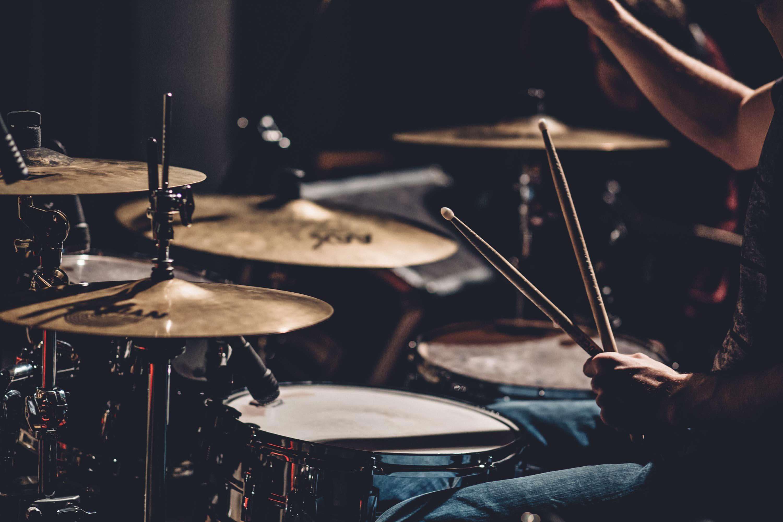Học đánh trống Bass và Acoustic như thế nào?