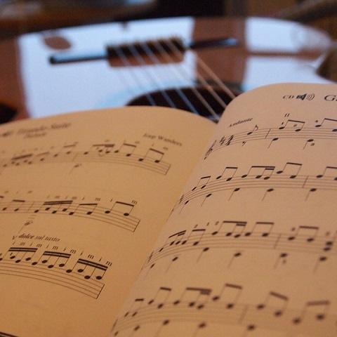 Sách, giáo trình, tài liệu học đàn Guitar cơ bản
