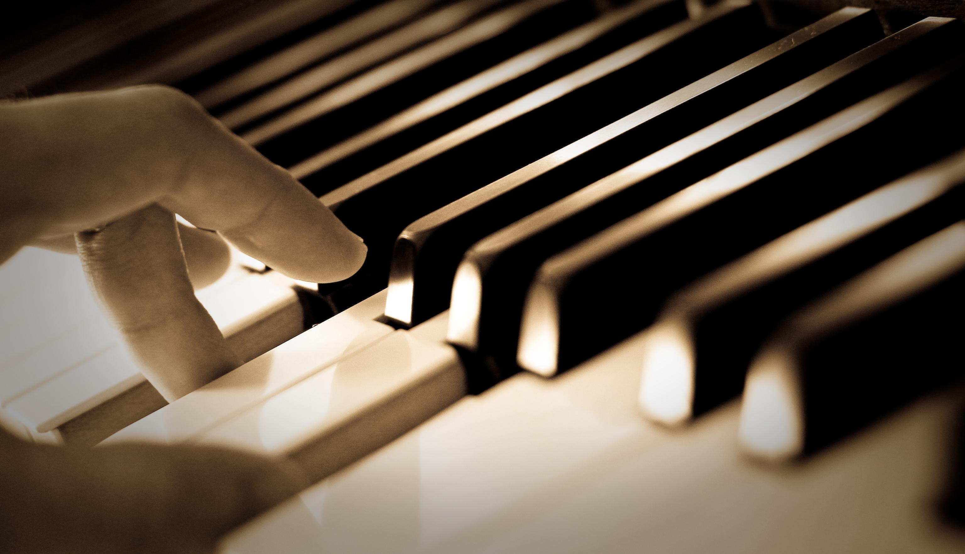Đào Tạo Nhạc Công Piano