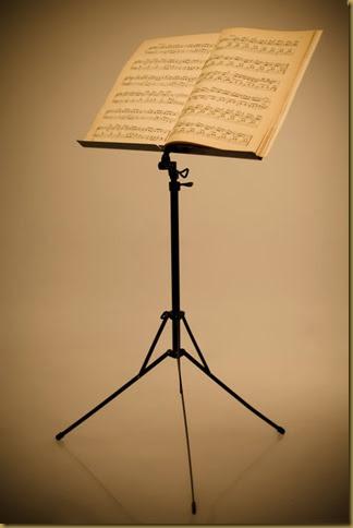 Cách lựa chọn giá đỡ bản nhạc khi tập Violin