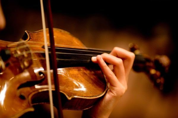Cách đánh dấu vị trí ấn ngón cho đàn Violin