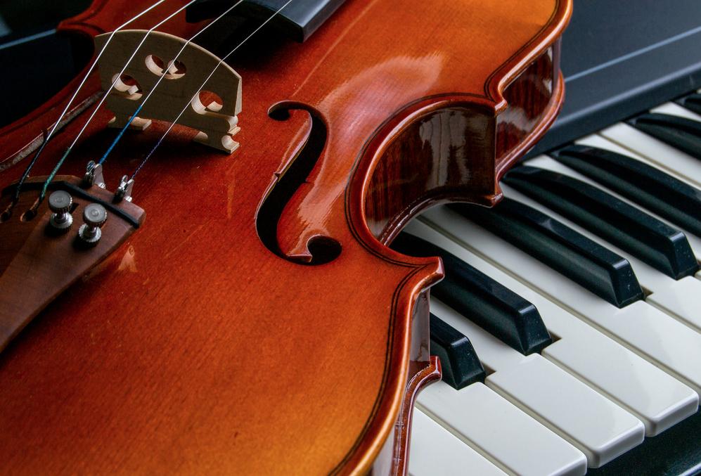 Giải đáp: Học Piano hay Violin khó hơn?