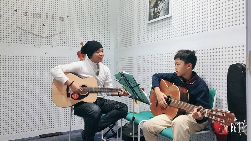 Khóa học đàn Guitar uy tín Tp HCM