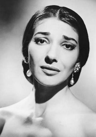 Callas, một sự hòa quyện tuyệt vời của kĩ thuật và cảm xúc, cảnh giới của diễn bằng giọng hát.
