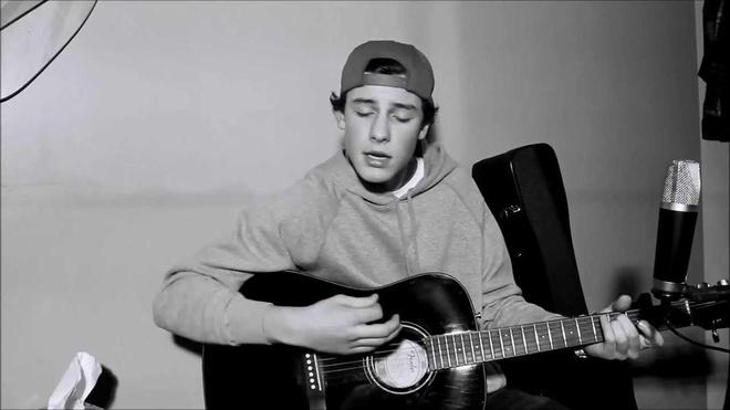 shawn mandes tự học guitar trên mạng