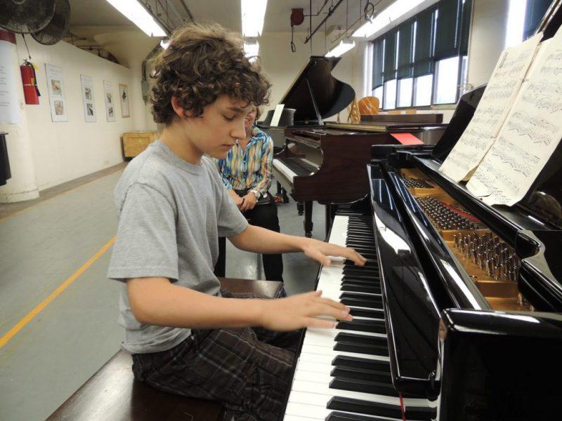 Bé không thích học Piano ba mẹ cần phải làm gì
