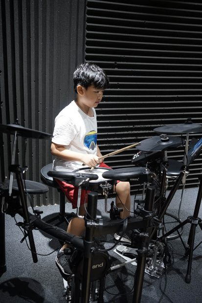học trống nhạc tại việt thương music