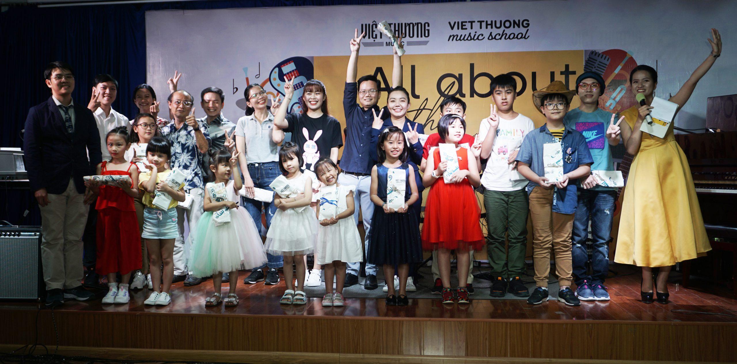 Việt Thương Music School mini showcase khép lại – Nhiều mong ước được mở ra