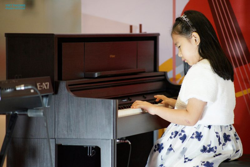 Phát triển trí thông minh âm nhạc của trẻ là gì 1