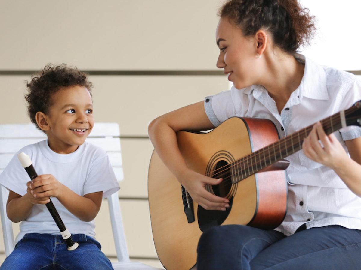 giúp trẻ học nhạc