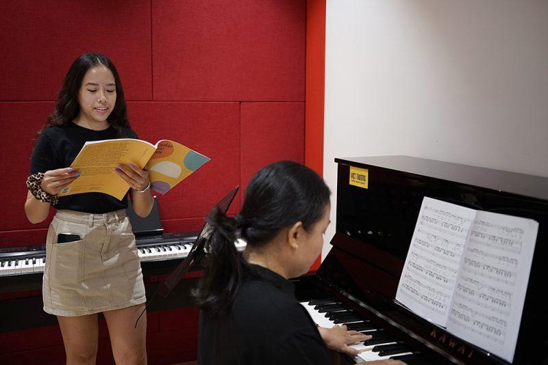 học viên học thanh nhạc tại việt thương