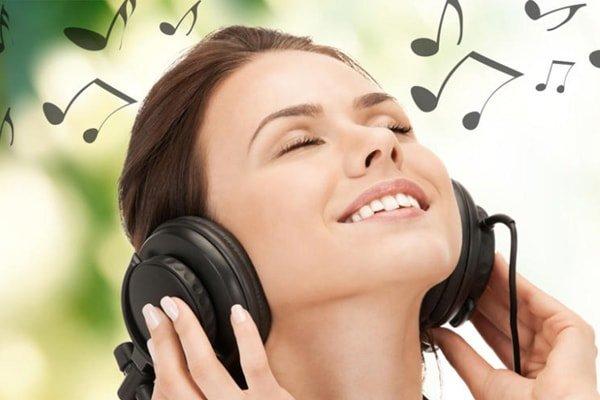nghe âm nhạc 1