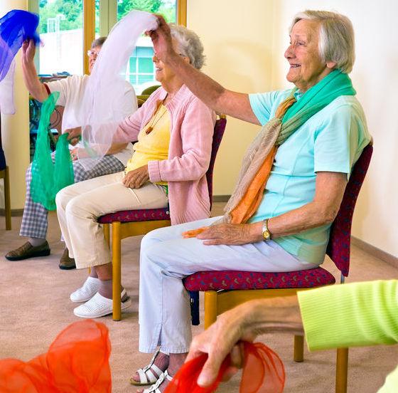âm nhạc giúp người già tăng cảm giác hạnh phúc