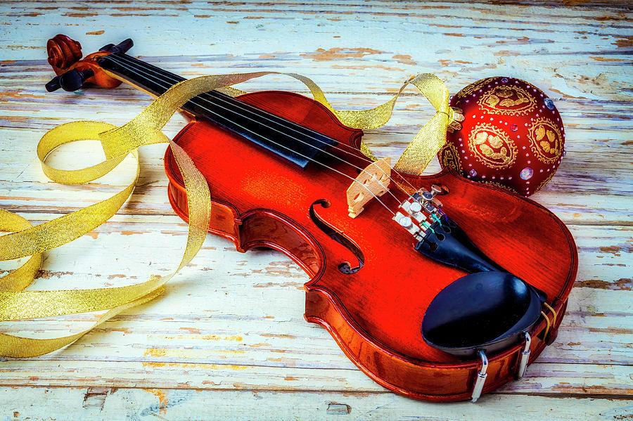 Những bản nhạc Giáng sinh chơi bằng đàn violin hay nhất