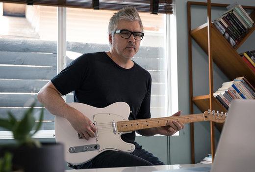 Hướng dẫn chơi Guitar cho Người mới bắt đầu: Lời khuyên từ Fender Guitar