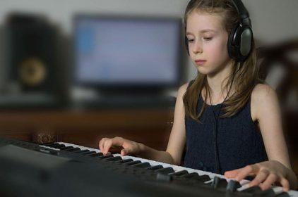 Lời chia sẻ từ một bà mẹ cho con học piano từ sớm