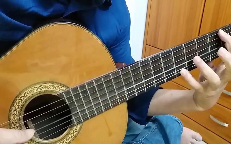 dieu hap dan khi hoc choi guitar 2
