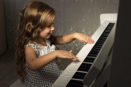 Não bộ khi chơi đàn piano sẽ như thế nào?