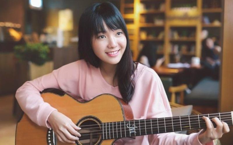 Lợi ích của học đàn guitar online giữa dịch Covid-19 1